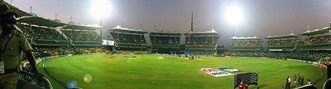 Панорама стадиона Чидамбарам (M. A. Chidambaram stadium)     Фото: Prasad1287