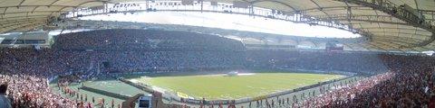 Панорама стадиона Мерседес-Бенц Арена (Mercedes-Benz Arena)