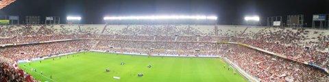 Панорама стадиона Рамон Санчес Писхуан