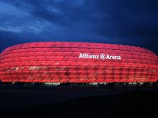 Альянц Арена (Allianz Arena)