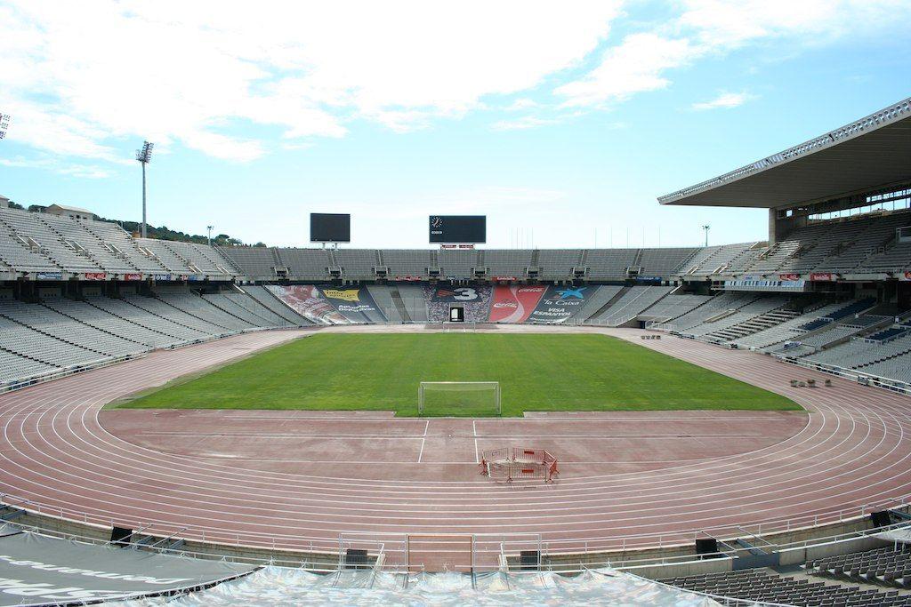 Стадионы мира - Олимпийский стадион в Барселоне (Barcelona ... Стадион Барселоны Вместимость