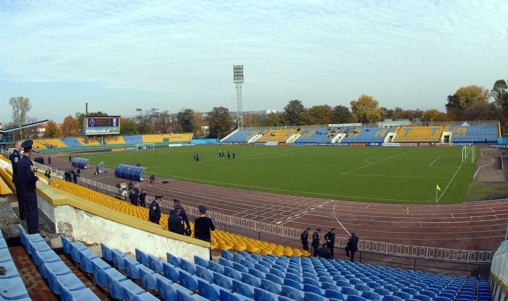 стадион славутич-арена запорожье фото